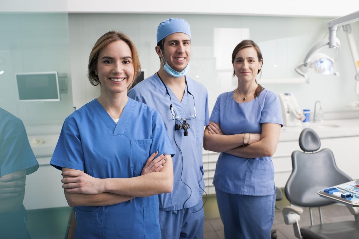 equipo de odontologos